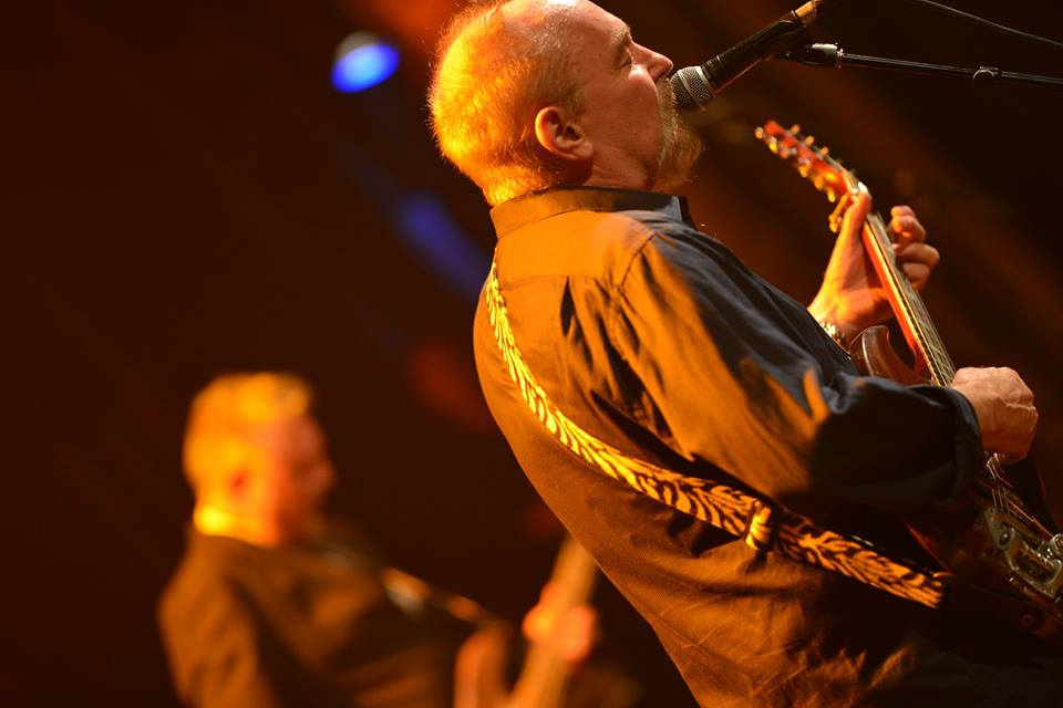 Live Shows: Ed Kuepper - Oct 02 - Junk Bar