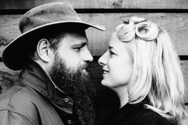 Live Shows: Hat Fitz & Cara - Dec 15 - Mapleton Hall