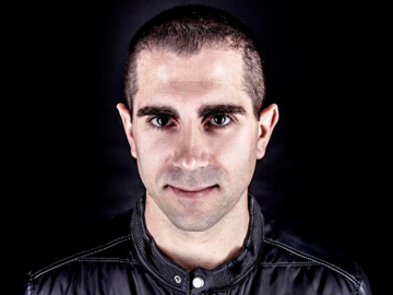 Live Shows: Giuseppe Ottaviani - Apr 12 - Famous Nightclub